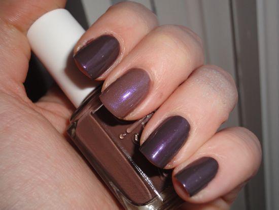 Paradoxal, Essie Hot Coco w/ Violet Shimmer, Perplex
