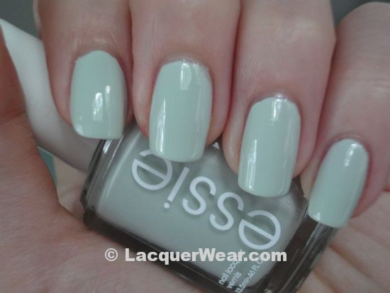 Essie Summer 2011 – Absolutely Shore, Too Too Hot and ...