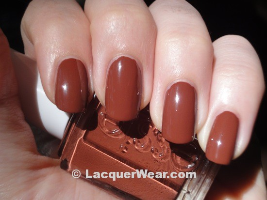 Essie Very Structured